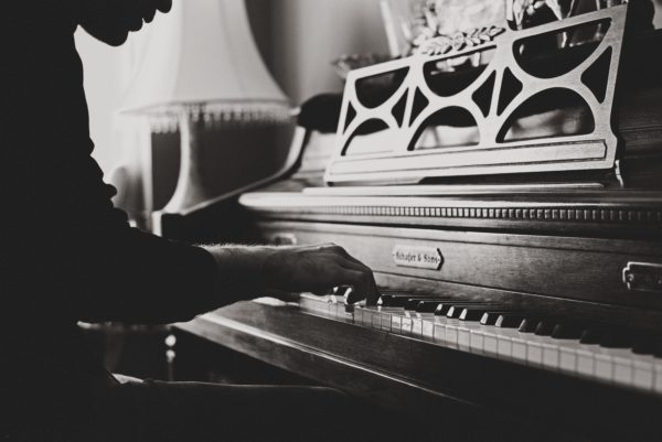 ピアノの手の置き方